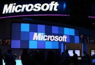 https://commons.wikimedia.org/wiki/File:Microsoft_CES_2009.jpg