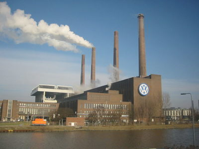 https://commons.wikimedia.org/wiki/File:Wolfsburg_VW-Werk.jpg