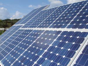 https://en.wikipedia.org/wiki/Solar_power_in_Greece