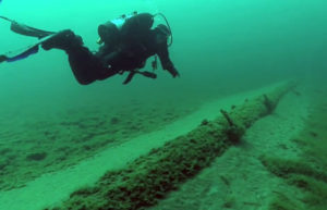 http://midwestenergynews.com/2013/10/24/as-pipeline-concerns-mount-a-renewed-focus-on-the-great-lakes-enbridge-mackinac-line-5/