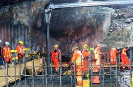 http://dailycommercialnews.com/Resource/News/2014/9/Massive-Muskrat-Falls-concrete-pour-begins-1002361W/