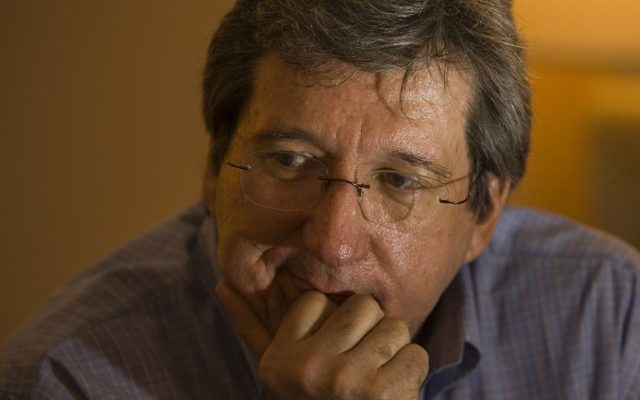 http://www.lapresse.ca/actualites/politique/politique-canadienne/201211/06/01-4590883-direction-du-plc-dan-gagnier-se-joint-a-justin-trudeau.php