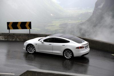 https://en.wikipedia.org/wiki/Tesla_Model_S