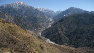 https://commons.wikimedia.org/wiki/File:Mill_Creek_drainage,_San_Bernardino_National_Forest.jpg