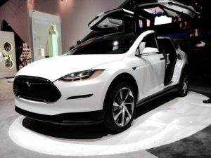 https://commons.wikimedia.org/wiki/File:Tesla_Model_X_front_view_(16042113157).jpg