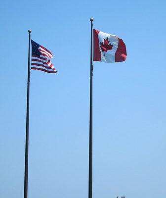 https://pixabay.com/en/flag-sky-america-canada-britain-380588/