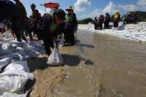 https://en.wikipedia.org/wiki/2011_Thailand_floods