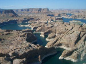 Lake Powell by PRA/Wikipedia